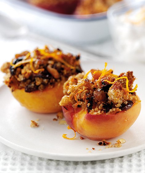 Baked Peaches Recipe with Honey Crumb Topping
