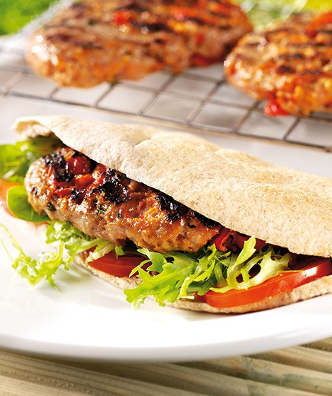 Barbecued Lamb Patties with Pittas Recipe